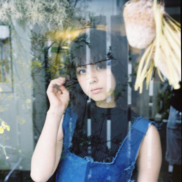 柳ゆり菜さんのヘアスタイル
